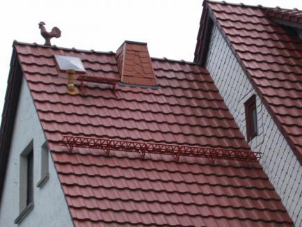 Монтаж и ремонт крыши из металлочерепицы