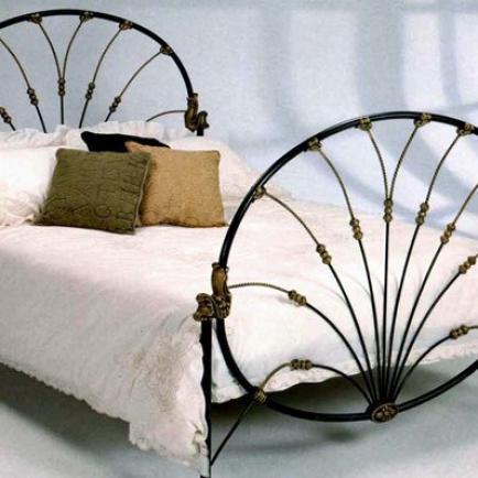 Что нам известно о кованых кроватях
