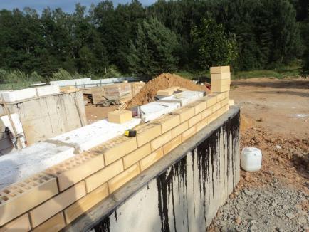 Два метода кладки стен дома