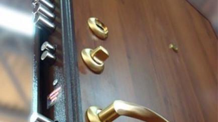 Правильный выбор металлических дверей